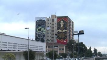 動画:スペインの港町を一新したストリートアート