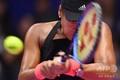 女子テニス、東レ・パンパシフィック・オープン、シングルス2回戦。リターンを打つ大坂なおみ(2018年9月19日撮影)。(c)TOSHIFUMI KITAMURA / AFP