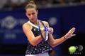 女子テニス、東レ・パンパシフィック・オープン、シングルス決勝。リターンを打つカロリーナ・プリスコバ(2018年9月23日撮影)。(c)Toshifumi KITAMURA / AFP