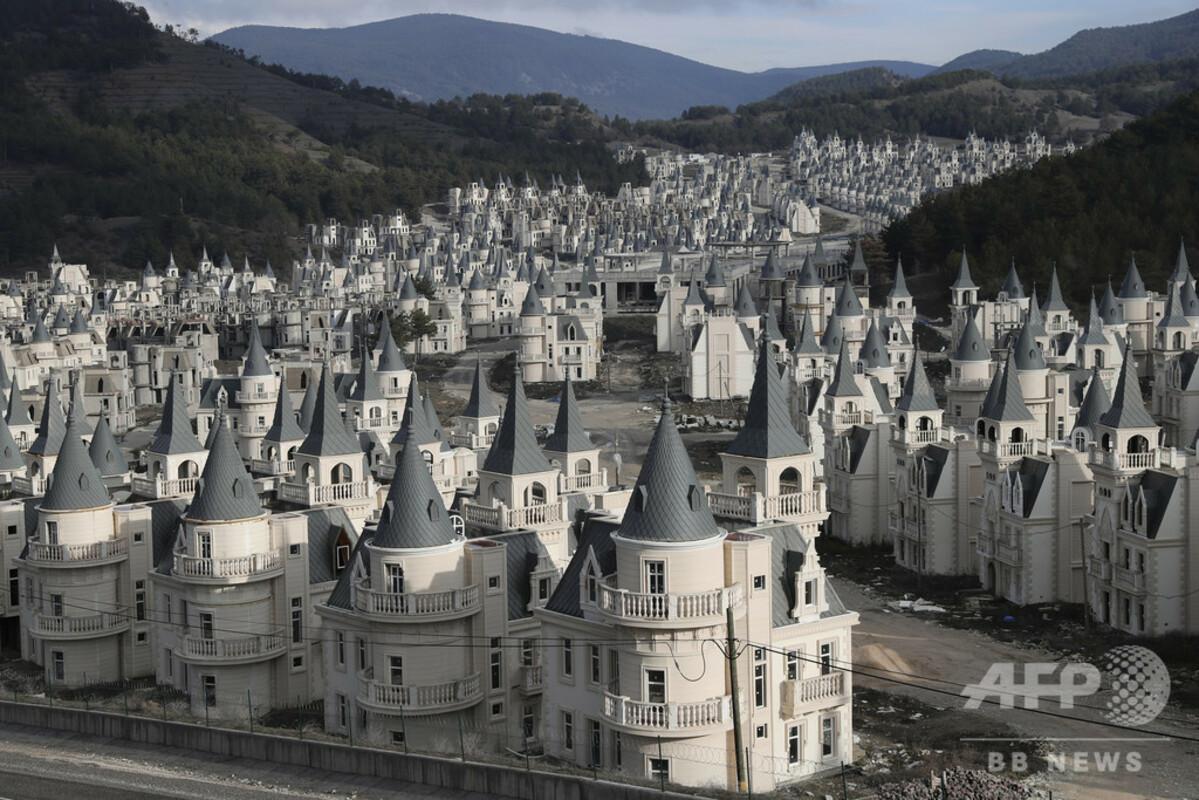 不動産屋「トルコにいっぱい城建てたんだけど売れなくて廃墟になりそう 裕福モメン買ってくれ」  [511393199]->画像>37枚