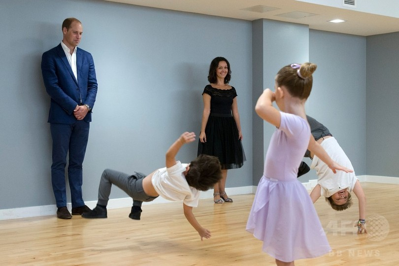 ウィリアム王子がダンスの特訓?...