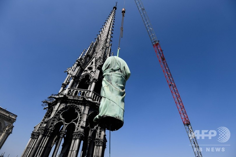 ノートルダム大聖堂などで修復作業 仏パリ