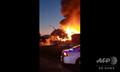 米カリフォルニア州南部リッジクレストで、地震によって発生した火災(2019年7月5日撮影)。(c)WORLD CENTRAL KITCHEN / AFP