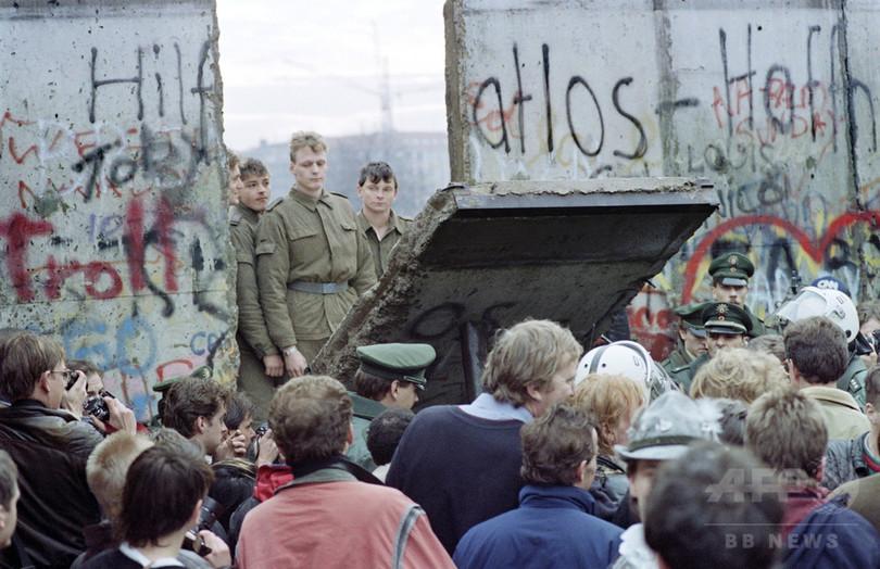 特集】ベルリンの壁崩壊、AFPが捉えた歴史的瞬間 写真68枚 国際